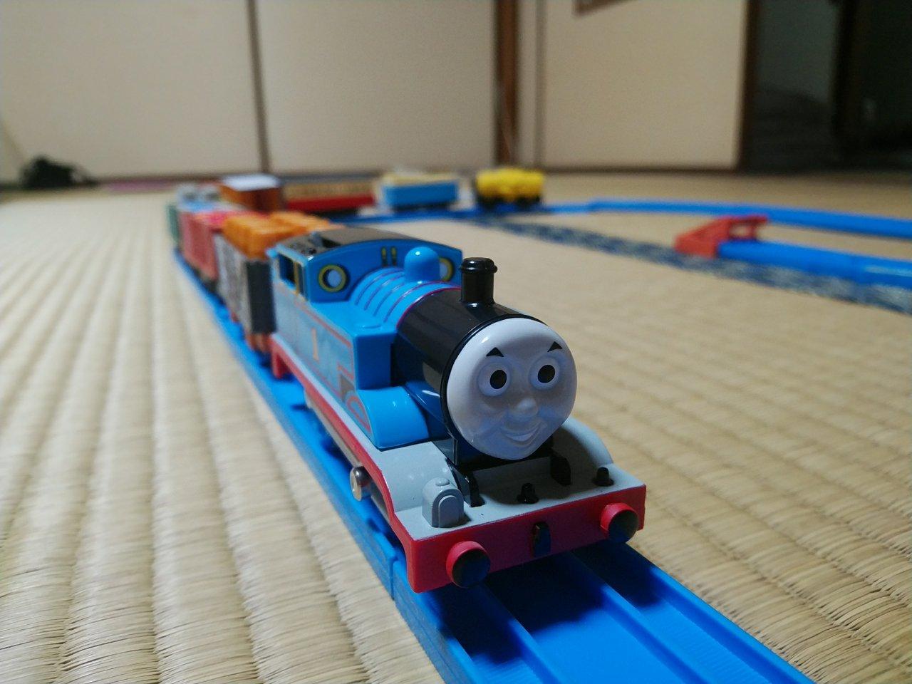 「トーマスといっぱい貨車セット」がプラレールで最もおすすめ!