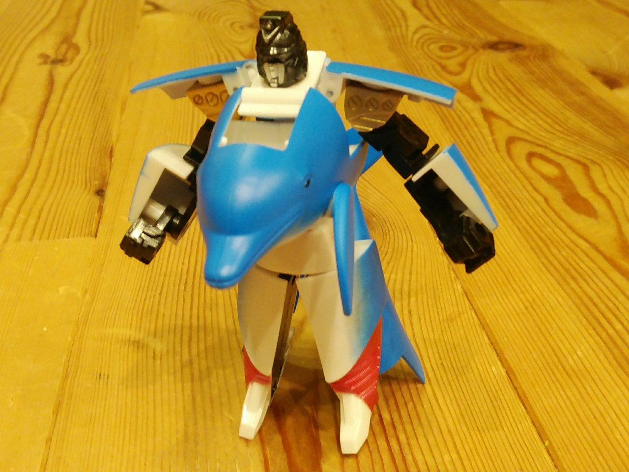 変身ロボットに「イルカ」!?教育にも良さそうなシーバトロンシリーズが秀逸だった件